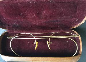 Vintage B&L Wire Rim Glasses Frame, 1/10 12K GF w/ Original case Harvey & Lewis