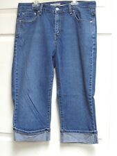 Levi's 515 Women's Rolled Cuff Blue Jeans Denim Capris Pants Size 12 Red Tab