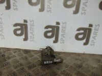 IVECO DAILY 2.3 DIESEL 2011 REAR DOOR LOCK MECHANISM CATCH 500329770