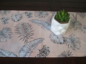 TABLE RUNNER / TROPICAL LEAVES BLUSH PINK FREE POST