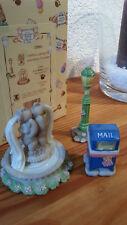 Cherished Teddies CT983 Mailbox, Lamppost, Water Fountain 1998 NEUWERTIG OVP