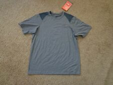 New The North Face - Breathable - Paramount Tech Tshirt - Men's size Medium