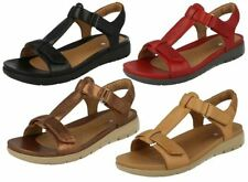 "Clarks Women's Flat (less than 0.5"") Casual Sandals & Beach Shoes"