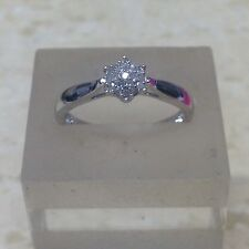 0,10 ct diamant or 9 carats cluster ring. taille o.