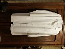 White Lab Coat Vintage Size Large 3 Pockets Overcoat One owner. Thick fabric