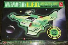 Star Trek INTERPLANETARY UFO Glow In Dark Mystery Ship Model Kit MISB + Hologram