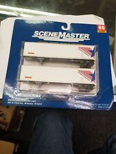 Walthers SceneMaster Ho Scale 2 Pack Invest in America 45Ft Trailers