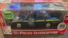 Classic Metal Works Ford 1999 Police Interceptor 1/24 Scale
