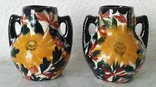 2 Vasen Henkelvasen Keramikvasen Blumenvasen Schramberg Majolika Blumenmotiv