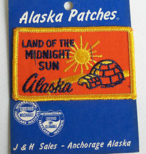 VINTAGE ALASKA LAND OF MIDNIGHT SUN EMBROIDERED SOUVENIR PATCH WOVEN SEW BADGE