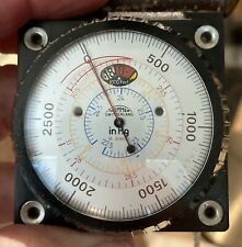 Thommen Altimeter 19 jewels 21,000 ft with case