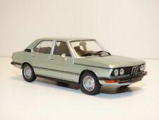 BMW SERIE 5 520 bleu 1/43 E12