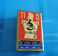 #2517# insigne métallique du 11° régiment du Génie de fabrication Delsart Sens