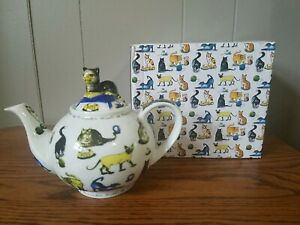 Paul Cardew Collectible Teapot For One Cat