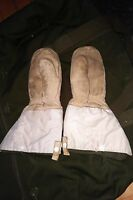 Canadian Military Arctic Extreme Cold Winter Gauntlet Gloves Mitt + Bonus Outers