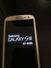 Samsung galaxy S III GT-19300 phone