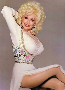 Dolly Parton in White Dress    8x10 Glossy Photo