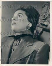 1947 Elegant Woman Models High Collar Blouse Suit Hat Earring Press Photo