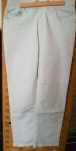 Jeans hellblau bleu neu o.Etikett Größe 29/38 cool