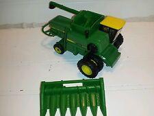 1/64 ERTL custom John deere 8820 turbo rwa w/ Duals combine farm toy yellow top
