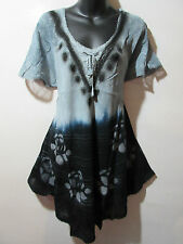 Top Fit L XL 1X Tunic Black Gray Stamp Art Roses A Shaped Lace Sleeves NWT G789