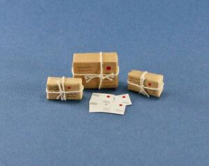 Dollhouse Miniature Set of Mailed Packages & Letters #DE5580