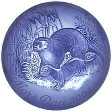 Bing & Grondahl 2004 Mother's Day Plate B&G Otter & Young