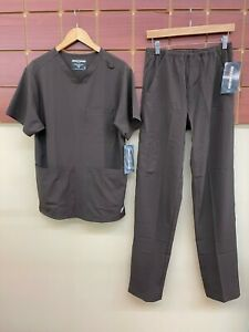 NEW Men's Skechers Brown Scrubs Set With Small Top & Small Tall Pants NWT