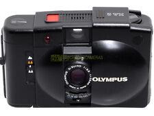 Olympus XA-2 con Zuiko 35mm. f3,5. Fotocamera compatta a pellicola, da riparare.