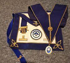 Craft Lgr Undress Kit, Apron, Badge, Collar and Jewel. Please see description.