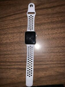 Cellular + GPS Apple Watch Series 3 42mm  w/ Nike Sports Bands