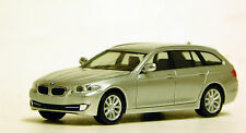 Herpa 1/87 HO BMW 5 Series Touring Silver PLASTIC BODY REPLICA 34401-005