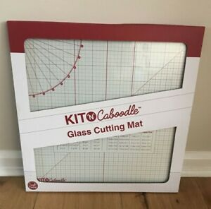 "KIT 'N' Caboodle - Glass Cutting Mat - 33cm (13"") Cutting Area - Wipe Clean"