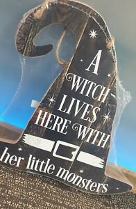 Wooden Plaque - A Witch Lives here with her Little Monsters Free P&P