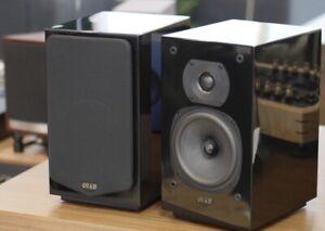 QUAD 12L Classic Bookshelf Speakers - gloss black in excellent condition