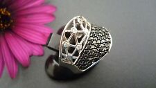 STUNNING 925 SOLID  STERLING SILVER RING MADE IN ITALY SIZE US 7 1/2 AU O1/2