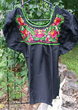 Puebla Mexican Blouse Top Shirt Black Embroidered Flowers Floral Medium 18x26 G8