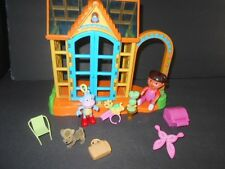 Dora The Explorer Talking Dollhouse/Green House Flower Garden with Accessories