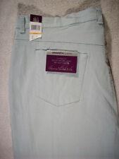 GLORIA VANDERBILT AMANDA STRETCH Light Blue Denim Capris Jeans Size 24 W NEW