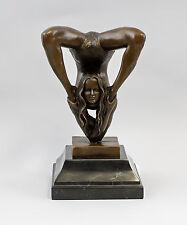9937836 Bronze Skulptur sign.Patoue Dame Mädchen in Bikini Erotik 12x12x23cm