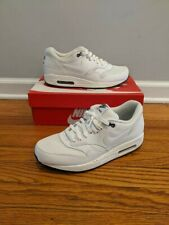 Airmax 1 Men Size 8.5 White