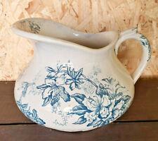 ancien broc faïence nécessaire de toilette à motif fleurs bleu