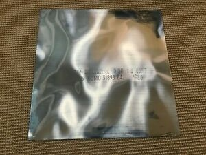 REMASTERED ALBUM VINYL LP 9T NEW ORDER BROTHERHOOD (NEUF) BIZARRE LOVE TRIANGLE