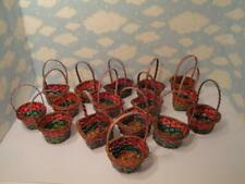 RED & GREEN MINI WICKER BASKETS PARTY FAVORS CRAFTS CHRISTMAS HOLIDAY NEW