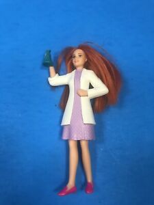 Burger King - Junior - Barbie Scientist You Can Be Anything 2020 Toy STEM