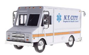 MDK K-Line NYC Hospital Ambulance Step-Van - 1/43 O Scale MIB