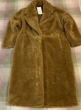 Zara Coat with Faux Fur. Size M