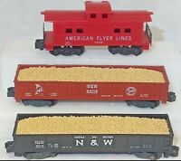 American Flyer No. 804, 24113 & 24636 Caboose & Gondolas w Simulated Sand Loads