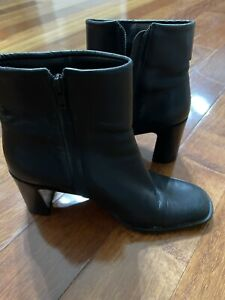 Enzo Angiolini Black Soft Leather Ankle Cuff Heel Boots - Size 7M Made In Brazil