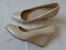 Lucky Shoes Elegant Ivory Womens Pumps Wedge High Heels Patent Faux Leather Nude